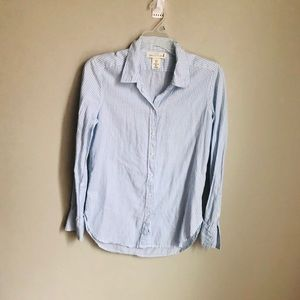 Ladies pin striped button up shirt. Size 2!